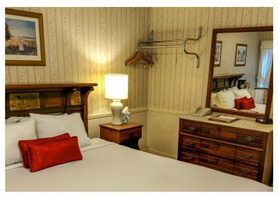 Classic Queen Room No 28