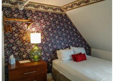 Family Suite 46 Queen Bed