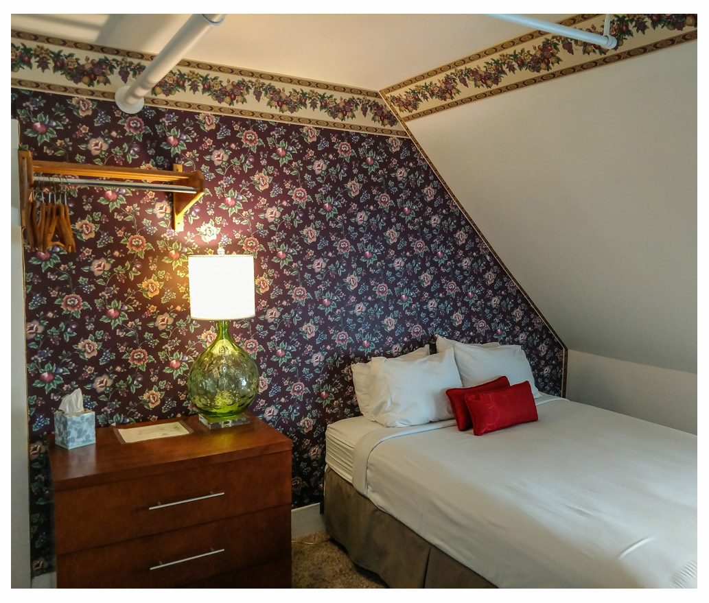 Littleton NH Lodging Family Suite 46