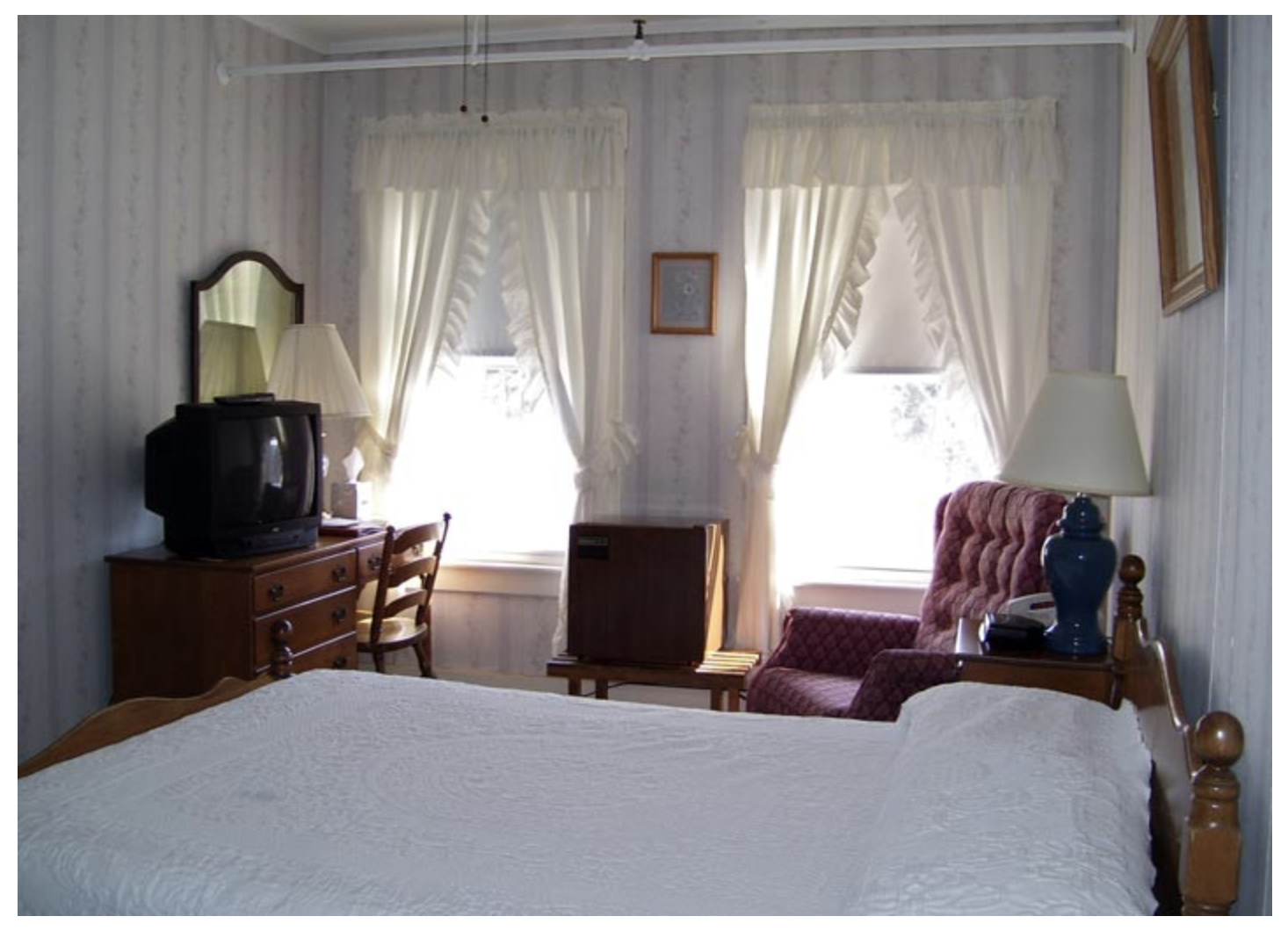 Littleton NH Lodging Family Suite 36