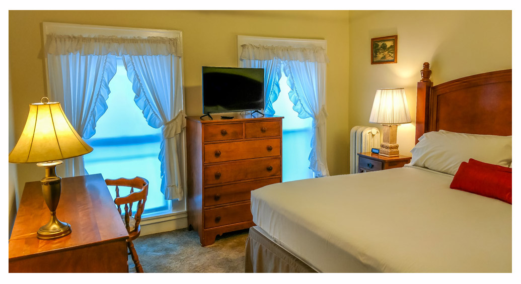 Hotels in Littleton NH Kitchenette 24