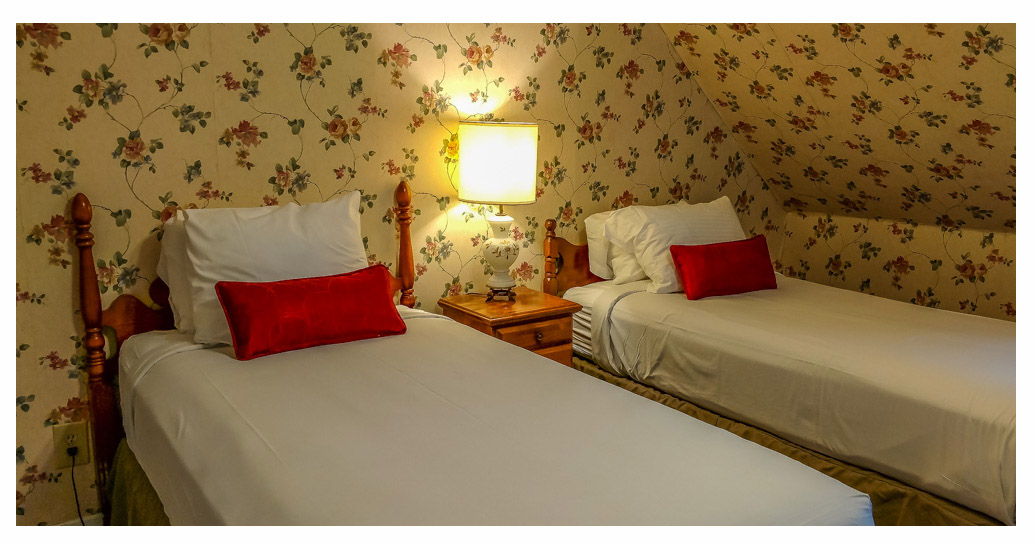 Hotels in Littleton NH Kitchenette 45