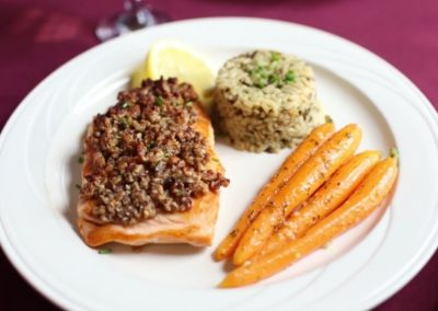christmas-farm-inn-dining-maple-pecan-salmon