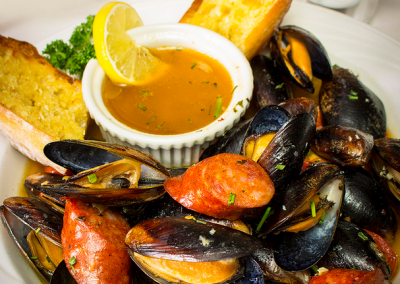 christmas-farm-inn-dining-mussles
