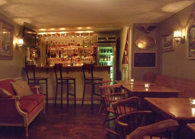 christmas-farm-inn-dining-pub