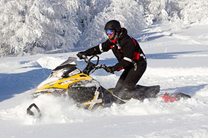 Snowmobile rentals near Littleton NH