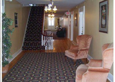 littleton-nh-hotel-bed-breakfast-white-mountains-third-floor-hallway