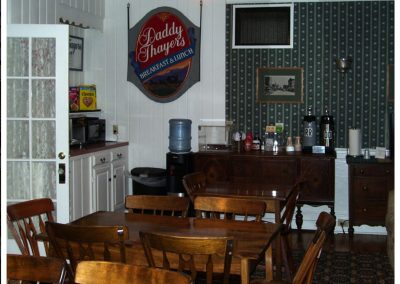 littleton-nh-hotel-bed-breakfast-white-mountains07