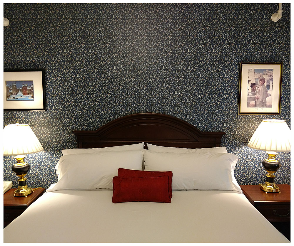 Superior Rooms in Littleton NH Hotels at Thayers Inn Room 10