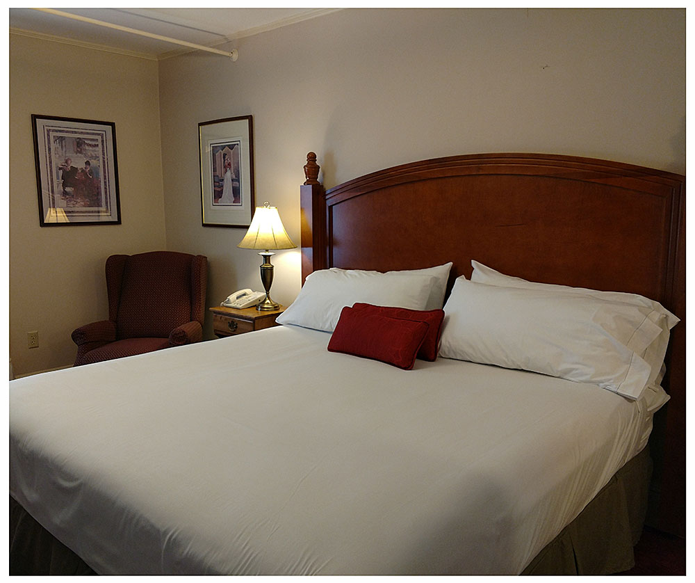 Superior Rooms in Littleton NH Hotels at Thayers Inn Room 12