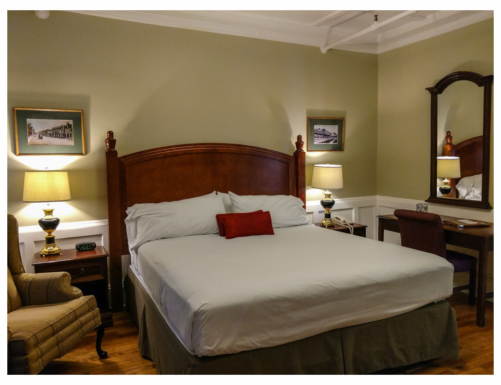 Superior Rooms in Littleton NH Hotels at Thayers Inn Room 3