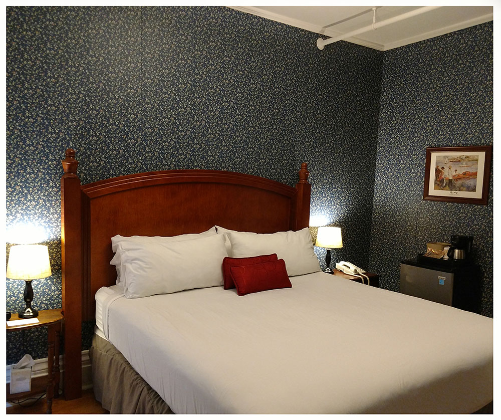 Superior Rooms in Littleton NH Hotels at Thayers Inn Room 4