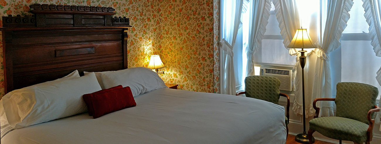 Classic Rooms in Littleton NH at Thayers Inn