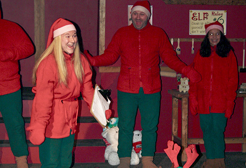 Journey-to-northpole-thayers-inn-elves